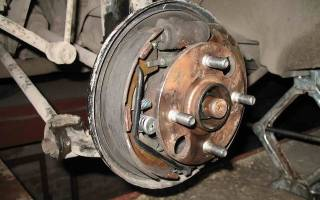 Как снять тормозной диск со ступицы тойота королла