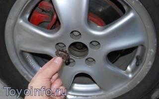 Как снять тормозные диски передние на тойоте авенсис
