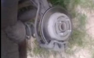 Как открутить тормозные диски на солярис