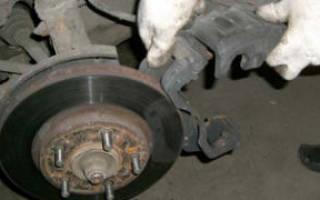 Как поменять тормозной диск на автомобиле