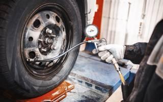 Как измерить давление в шинах автомобиля манометром