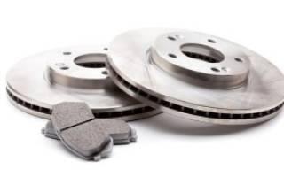 Как крепится тормозной диск авенсис