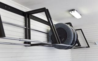Почему нельзя хранить шины с дисками стоя
