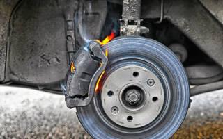 Как часто меняют тормозные колодки и диски